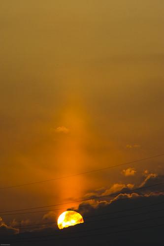 morning winter sun pillar aichi toyotacity 愛知県 quot 豊田市 太陽柱 サンピラー 冬の太陽