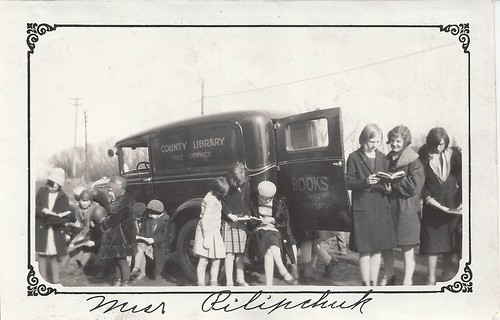 Bookmobile, County Library, Rural Service, Children, 1920/30s, Teens | by photolibrarian