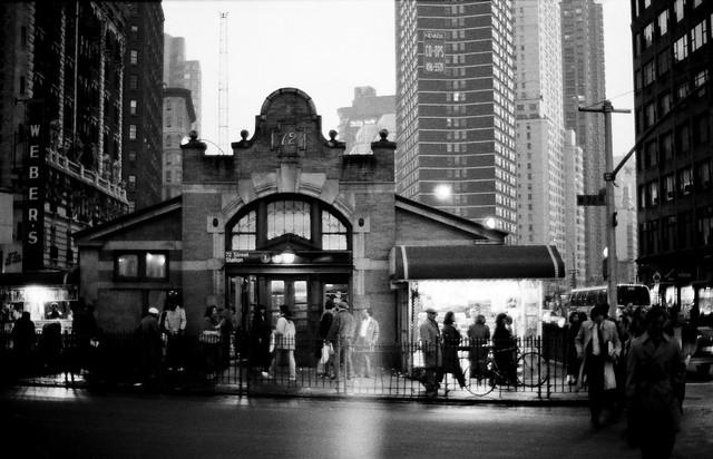 New York 1988-89,  8, Subway station at 72nd street.