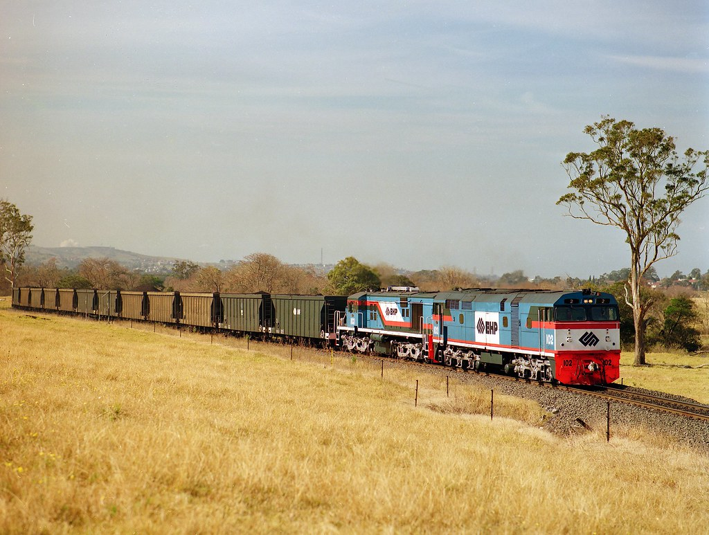 102 + 103 BHP Alcos | Former 442 class loco, now BHP 102 and