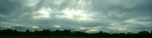 sunset sun afternoon beautiful house kodak z650 orange nature reed fields reedfields panorama cloud dawn cloudy