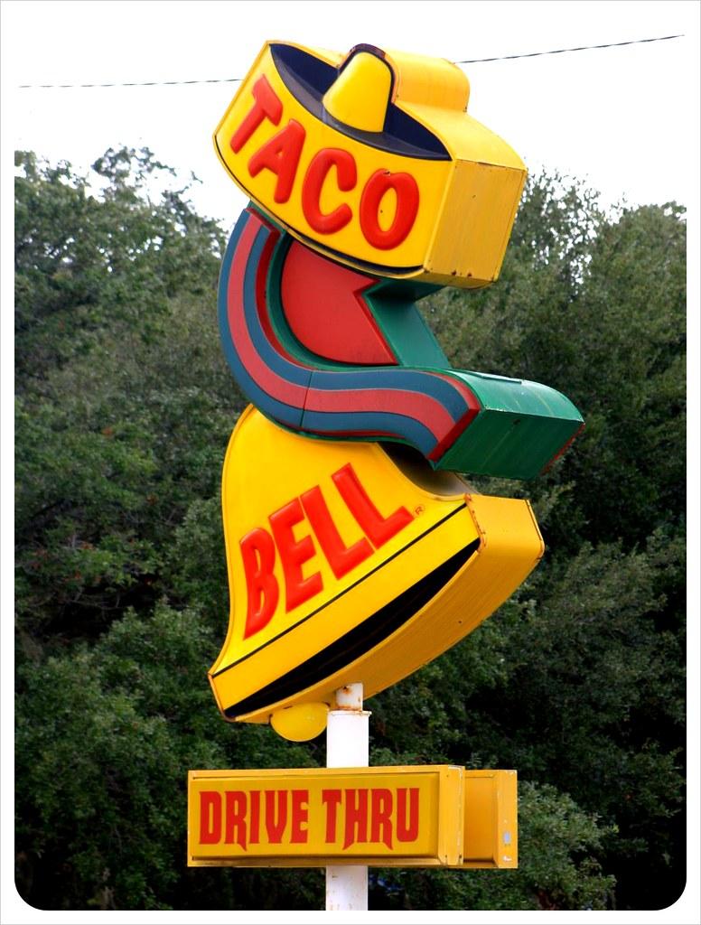 old taco bell sign savannah