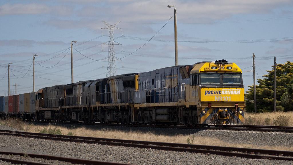 Melbourne-bound intermodal by michaelgreenhill