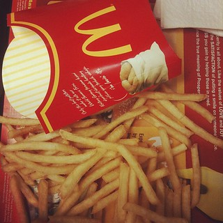 #mcdonalds #supper #fries #food #fastfood | by matrianklw