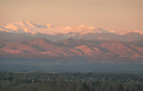 morning pink light beautiful rockies colorado denver rockymountains frontrange viewfromhotelroom