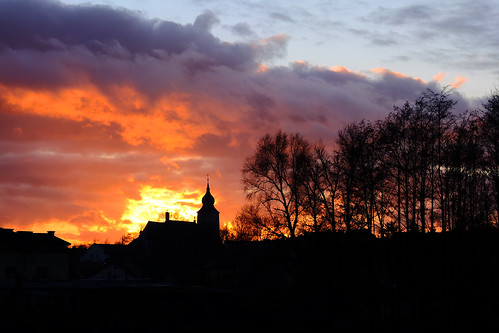 sunset red sky sun church silhouette clouds fuji gothic dramatic poland polska fujifilm x10 sieradz