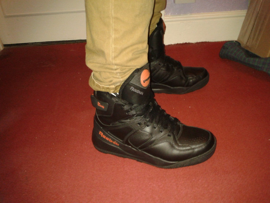 reebok pump original black