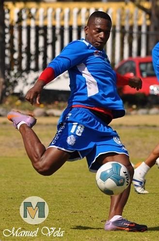 DSC_0347 El Puebla FC entreno en el Club Deportivo La Noria previo a la J3 TC 2012 vs Atlante por Mv Fotografía Profesional / www.pueblaexpres.com
