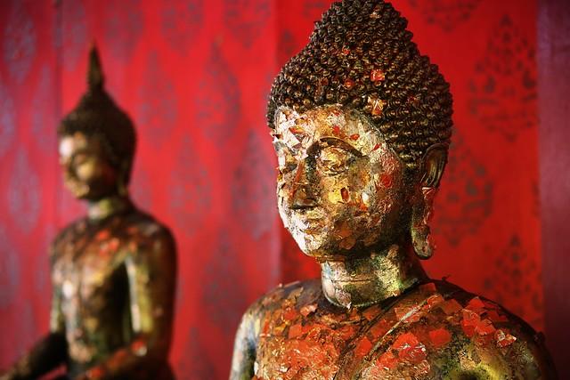 Thin golden leaf  to honour Buddha teachings