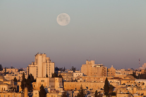 israel middleeast jerusalem sunrise moonset goldenhour travel