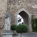 Jerez de los Caballeros – Puerta de Burgos a socha Hernanda de Soto, foto: Petr Nejedlý