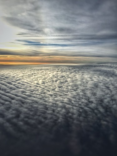 clouds sunrise airplane flying december enroute 2015 porterair pd383