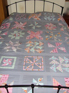 Bee Pinwheel Quilt Top