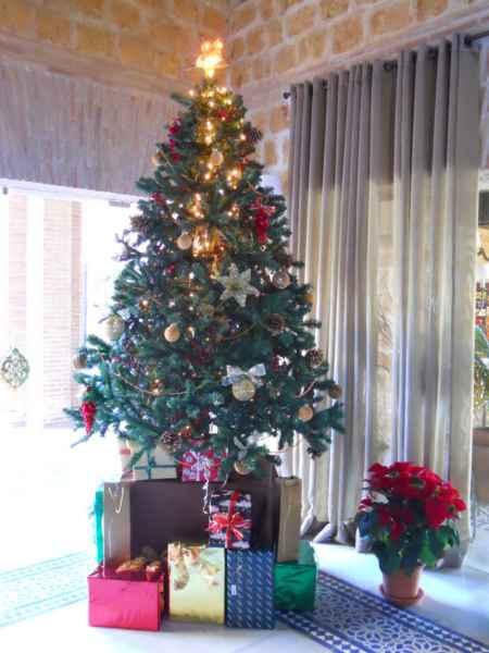 Árbol de Navidad decorado Paradores