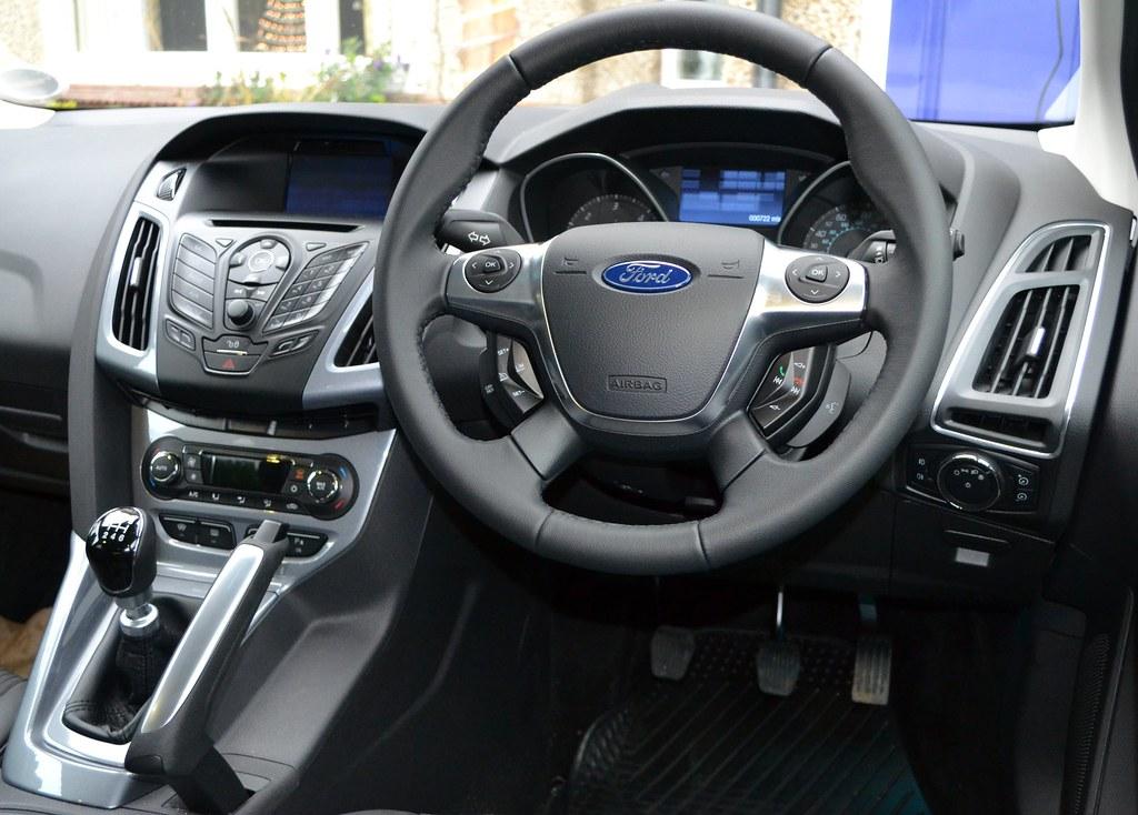 2012 Ford Focus 2 0 Tdci Titanium X The Instrument Panel Flickr