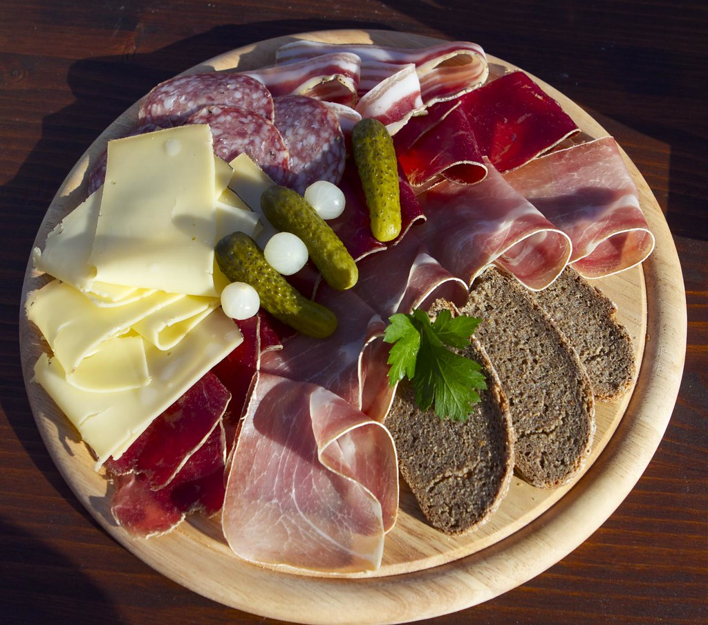 Fer à Cheval - Servido Menu (Takeaway, Delivery) - Local cheese and cured meat platter