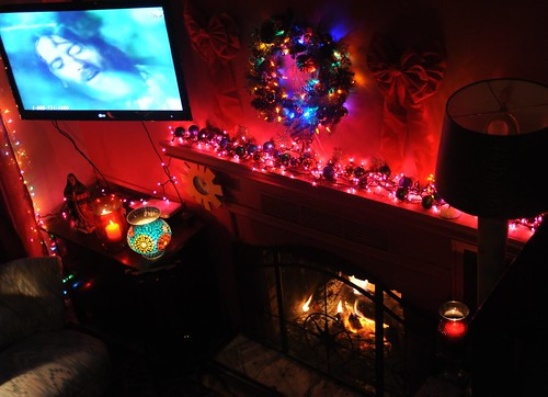 TV and living room decorated for Christmas, pink wall, fir\u2026   Flickr