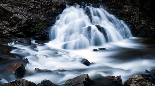 water waterfall stream duet gorge middlebranch swiftriver ttor bearsdenfalls