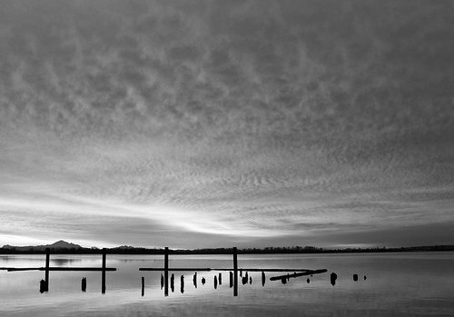 winter bw reflection clouds sunrise bc richmond fraserriver mtbaker