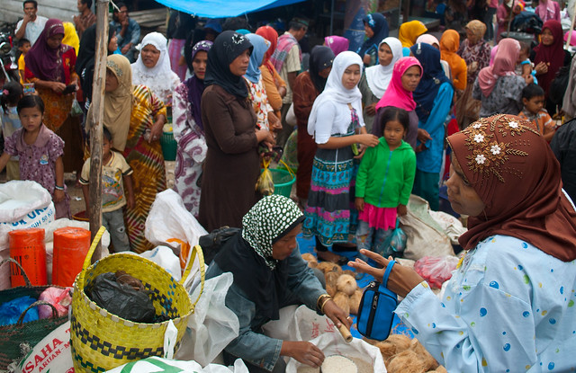 Aceh, street-pasar