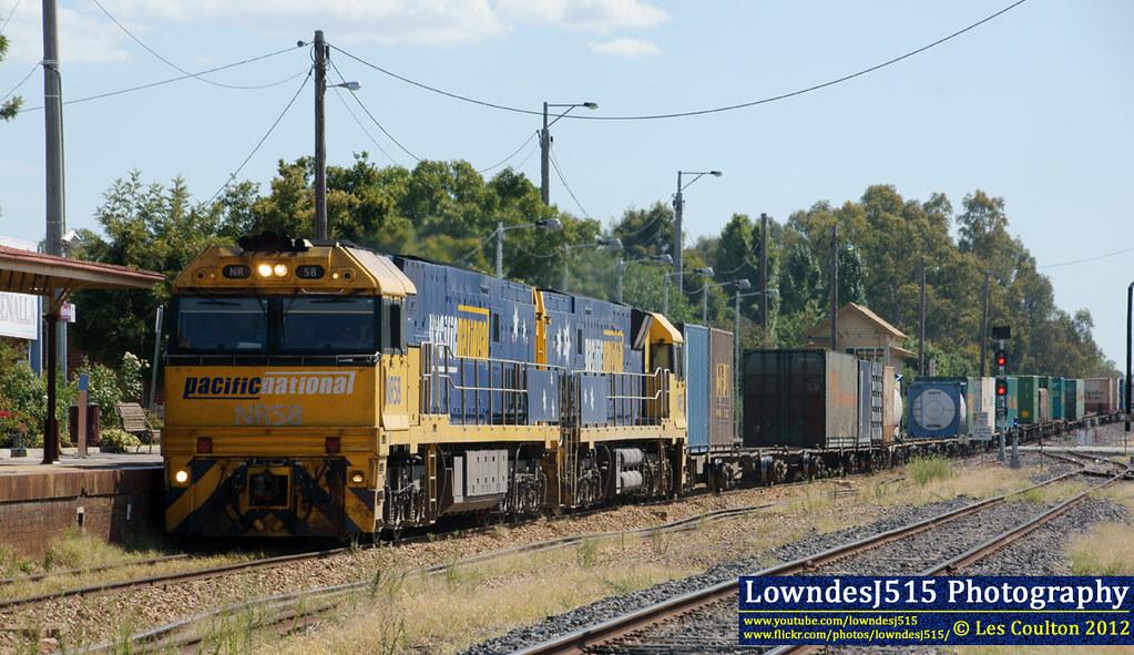 NR58 & NR55 at Benalla by LowndesJ515