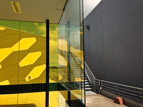 iphone lofi lowrez mophone phonecam vu stalbans university buildings auspctagged auspctaggedpc3021 pc3021 stalbanspc3121 yellow grey postmodern glass gray wall windows trove australiainpictures troveaus unfound art