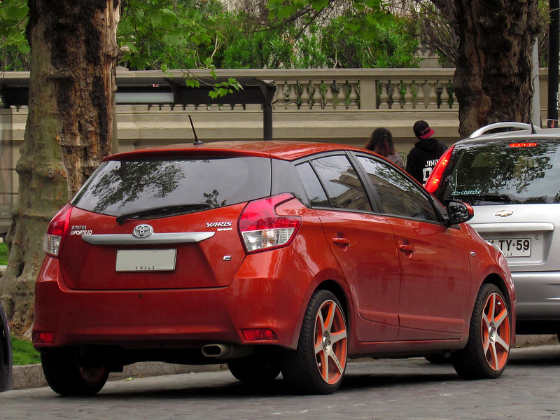 Toyota Yaris 1.5E Sport 2015