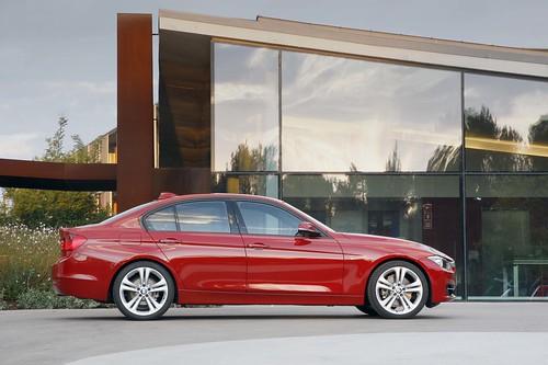 2012_BMW_3_Series....007 Photo