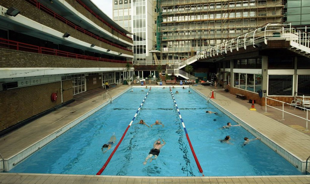 Oasis swimming pool (outdoor) | www.camden.gov.uk/oasis | Flickr