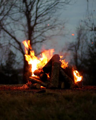 sunset people landscape outdoors photography louisiana dusk hill mississippiriver sledding christmaseve cajun levee gramercy bonfires papanoel canonrebelt3i