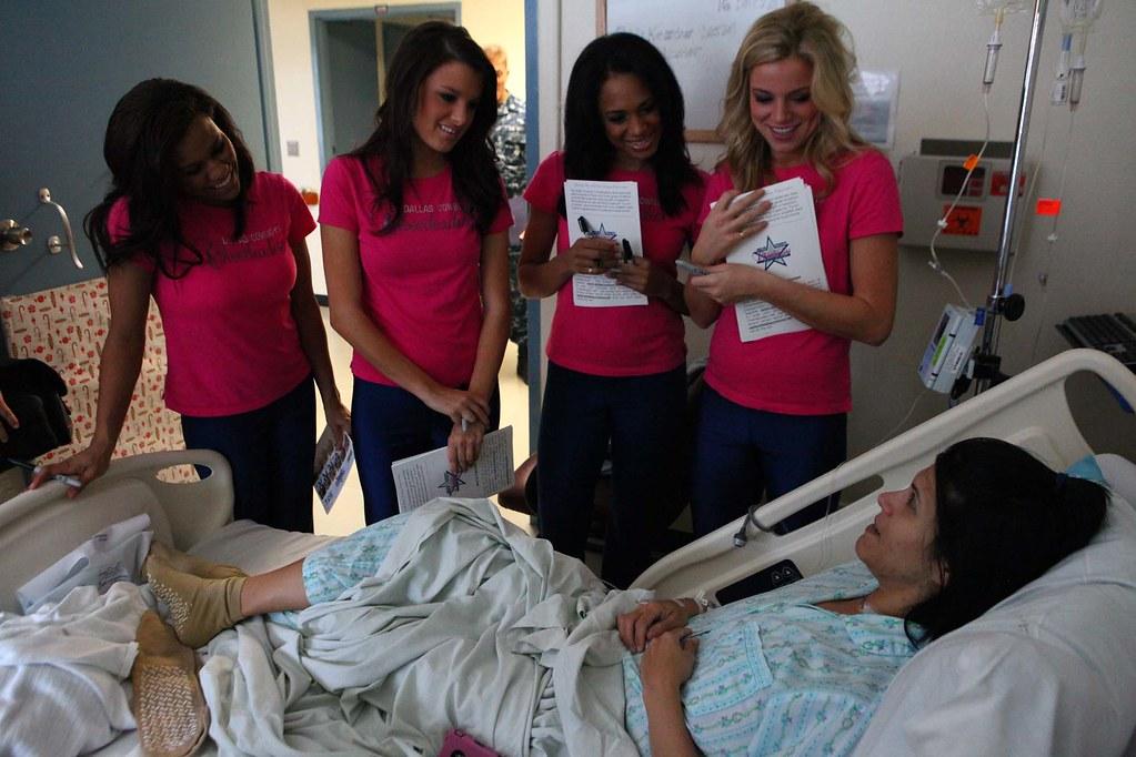 America's Sweethearts' visit US Naval Hospital Okinawa | Flickr