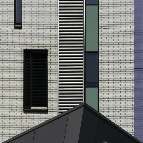 architectureinmelbourne australiagraphicarchitecturewindowsbrickslinesfaçadesswaurestructuregeometriegeometrygeometriecreativitàgraphicabstractionsarchitetturaarchictectureinmelbourneabstractphotoabstractrealityabstractionarchitectureabstractedaustralianarch