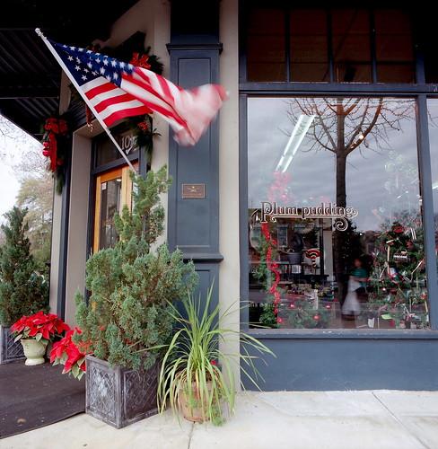 color film americanflag squareformat storefronts urbanlandscapes plumpudding hasselblad503cw aikensouthcarolina istillshootfilm kodakektar100