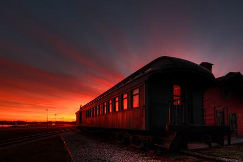 sunset train michigan depot stclairriver bluewaterbridge porthuron thomasedisonmuseum mikekline michaelkline notkalvin takingpictureswiththefamily notkalvinphotography