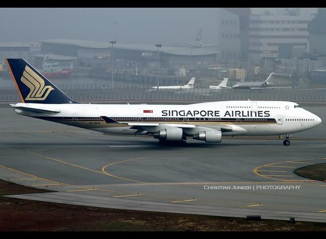 B747-412   Singapore Airlines   9V-SPQ   HKG