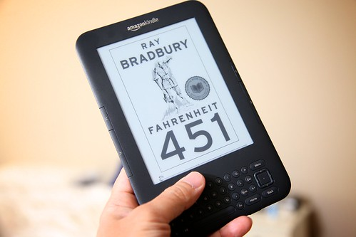 Fahrenheit 451 e-book on the Kindle | by Richard Unten