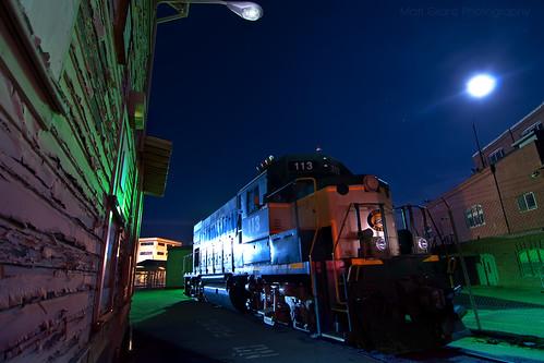 california railroad light moon wall night train painting paper stars island nikon long exposure mare rail railway tokina locomotive 1224mm d90