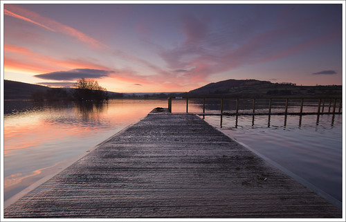 llangorselake llangorse lake powys dawn morning early sunrise sky cloud reflection langorselake breconbeacons wales