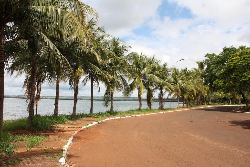 Cachoeira Dourada Goiás fonte: live.staticflickr.com