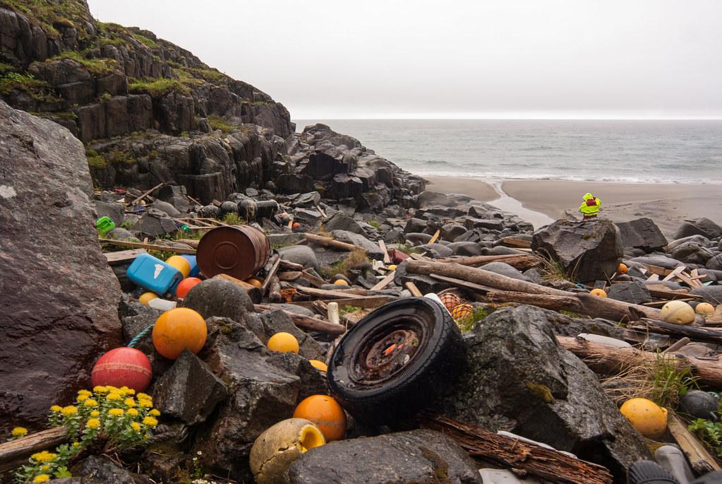 photo of ocean plastic