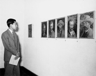 07-30-1953_11697 Akihito bij Van Gogh