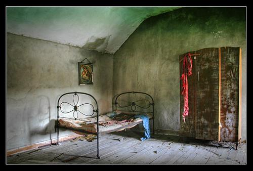 01. The Bedroom-Gabriel O'Shaughnessy