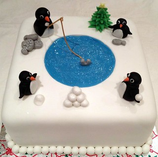 Penguin Christmas Cake | by LittleBake