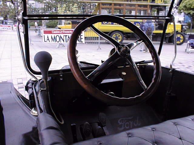 Ford T - steering wheel