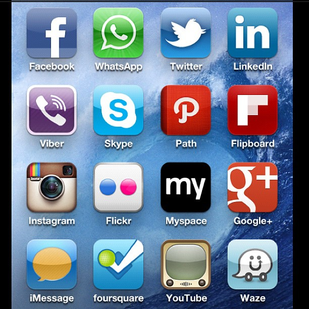 sociallife #social #facebook #whatsapp #twitter #linkedin