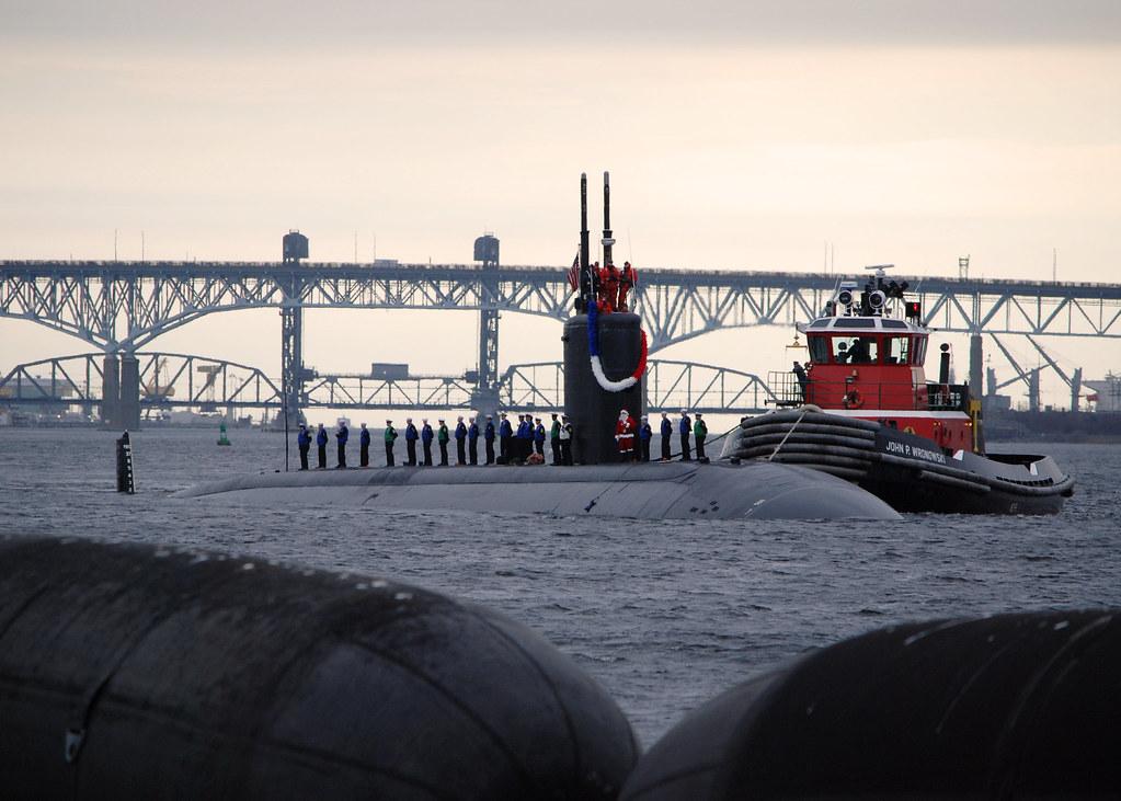 The Los Angeles-class attack submarine USS Miami (SSN 755
