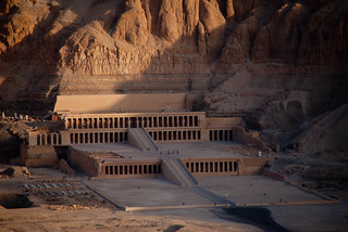 Temple of Hatshepsut seen from hot air balloon | by Dennis Wright