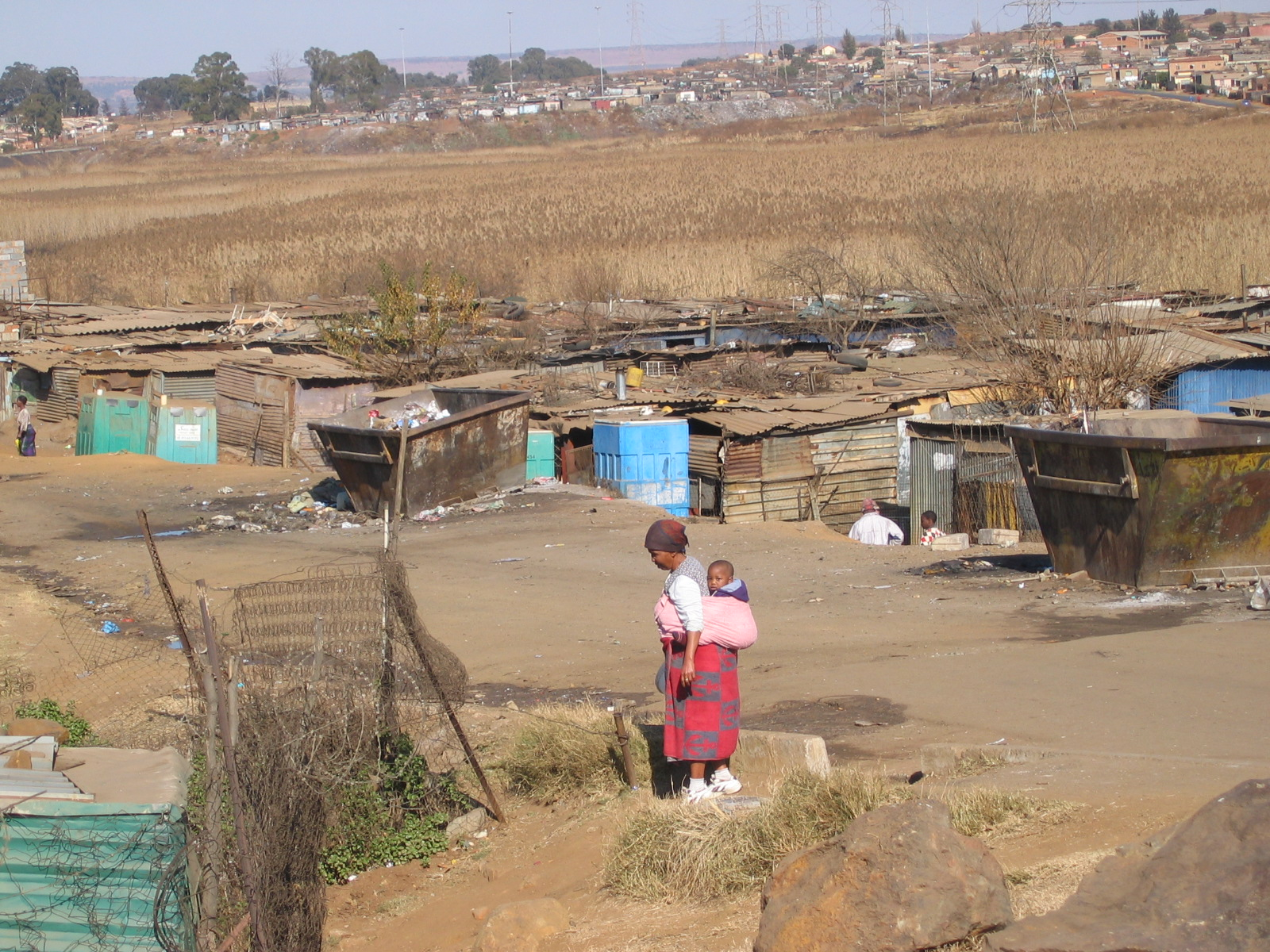 4A1005_apartheid_soweto_bidonville