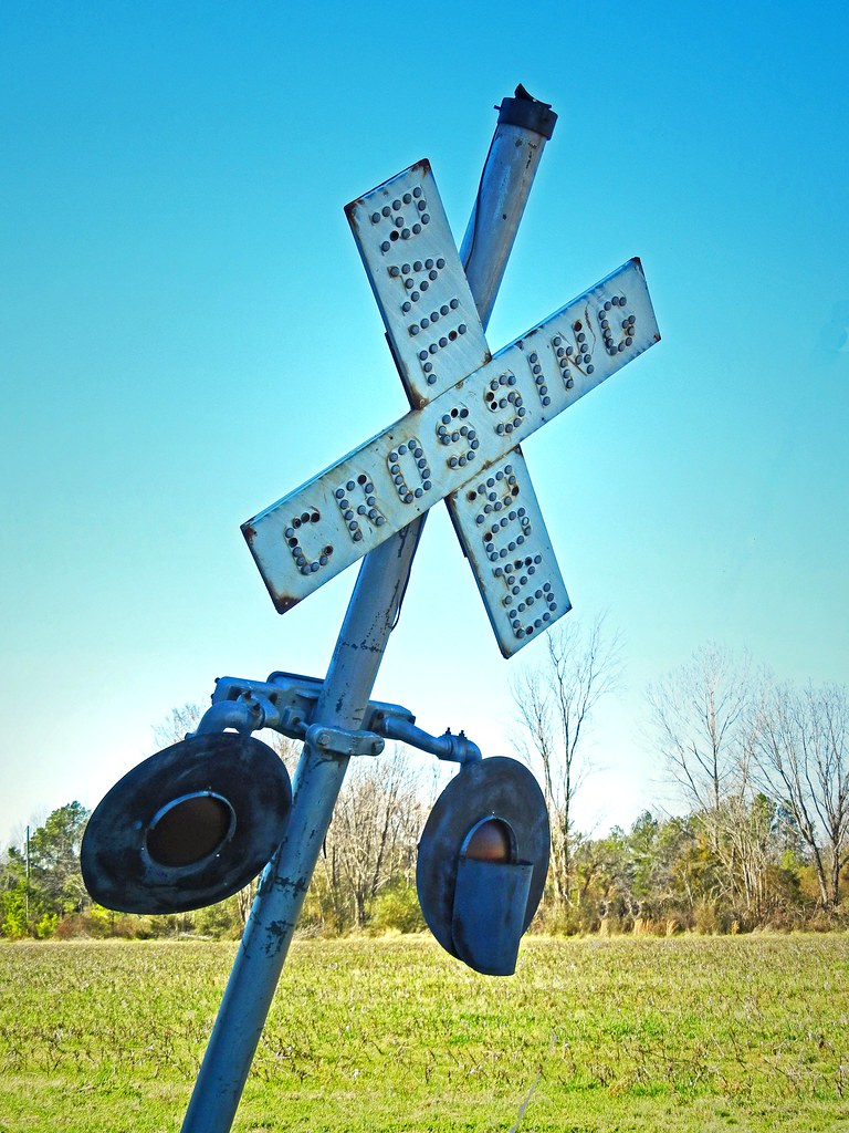 Old Railroad Crossing Signal: Lewiston, Bertie County, NC | Flickr