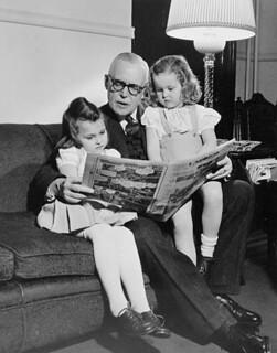 Louis Saint-Laurent with his grand children at an Easter family gathering / Louis Saint-Laurent et ses petits-enfants [Pâques]
